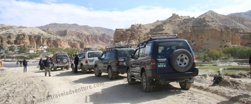 Mustang Jeep tour
