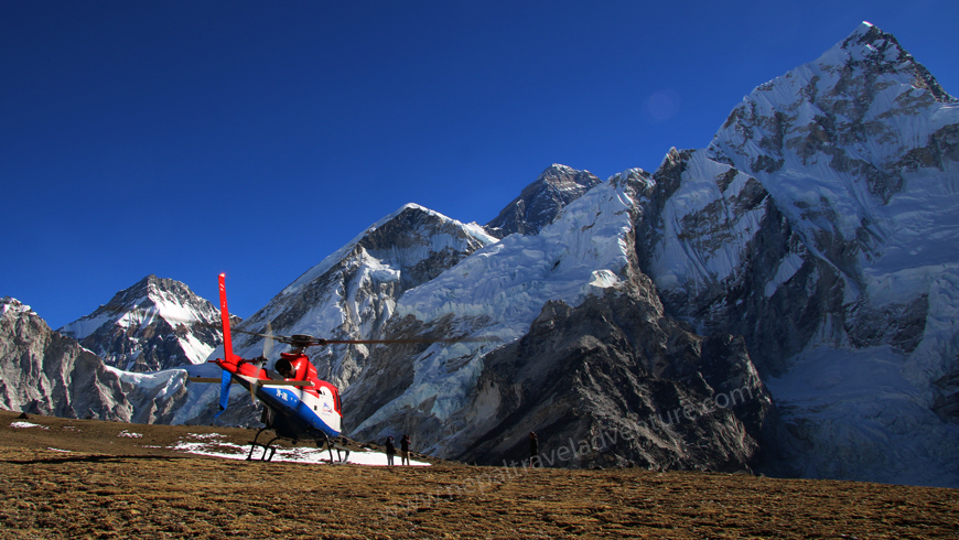 everest-heli-tour-kalapattar-landing