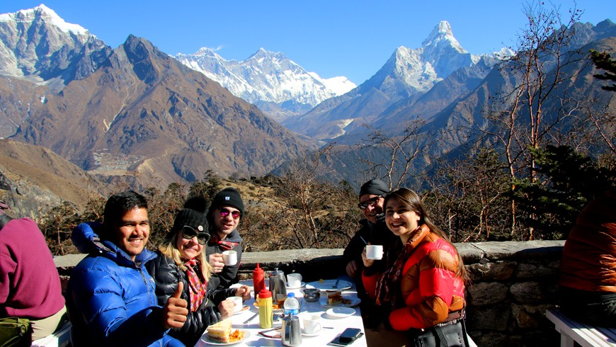 Everest Helicopter Tour and Breakfast at Hotel Everest View